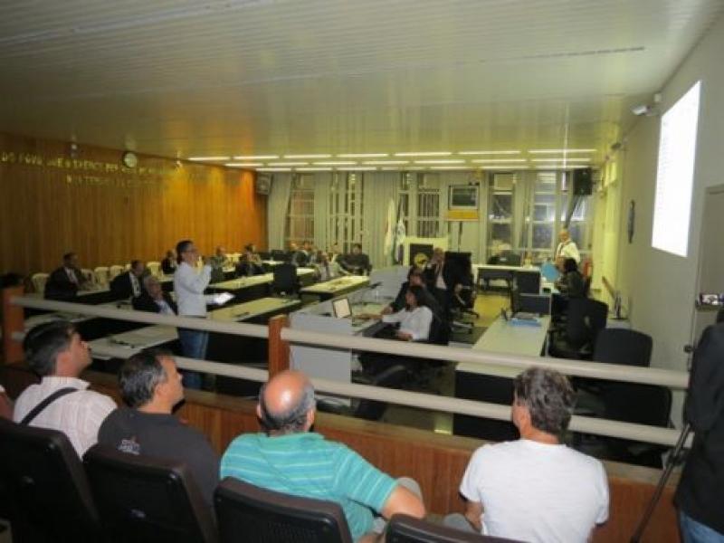 Diagnóstico sobre o Comércio Informal de Valadares é apresentado aos Vereadores