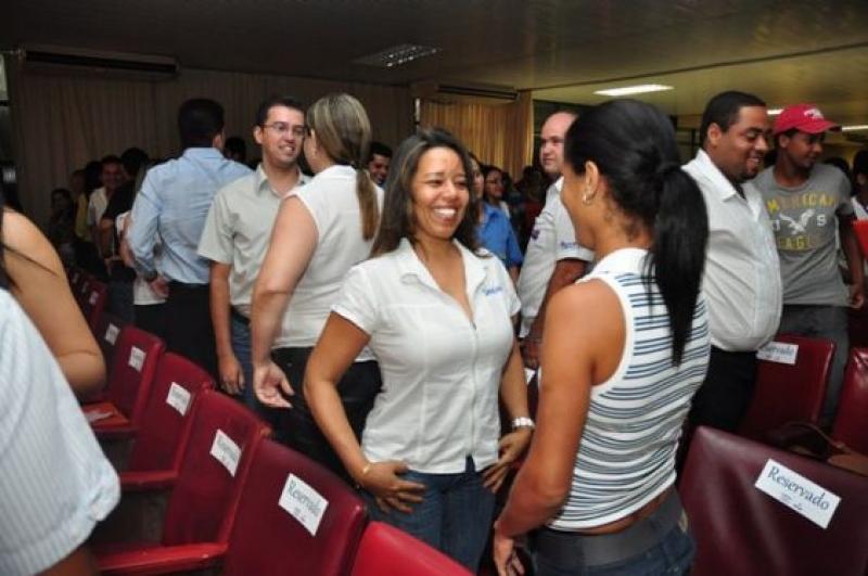 Encontro & Concurso de Vendedor reúne mais de 600 pessoas do Comércio