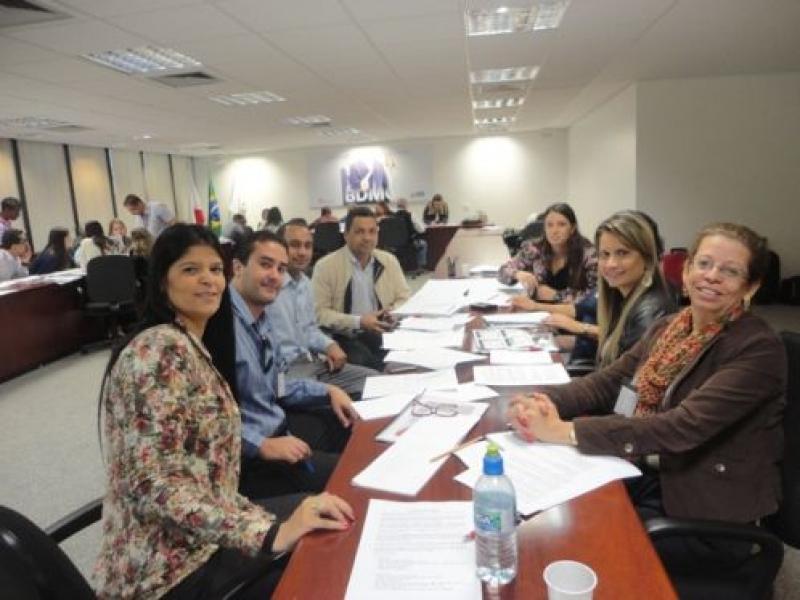 Sindicomércio participa de treinamento no BDMG