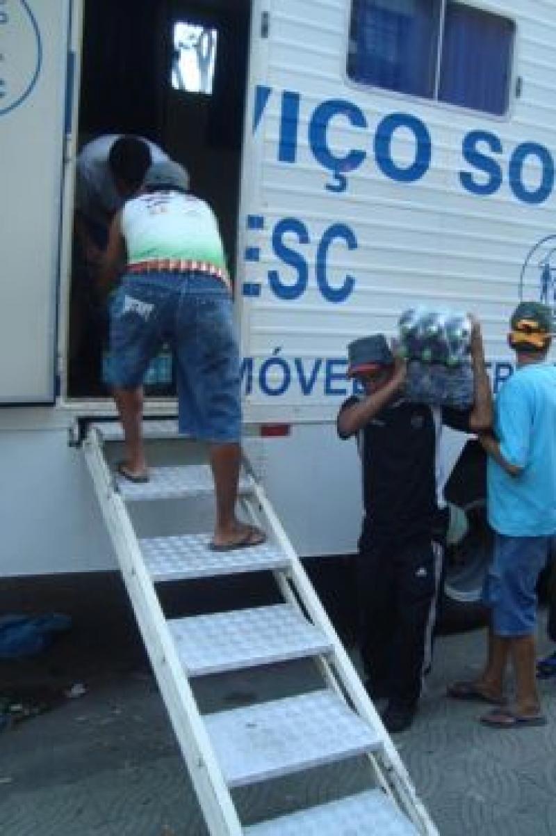 Sistema Fecomércio Minas, SESC, SENAC e o Sindicomércio doam alimentos para as vítimas da enchente