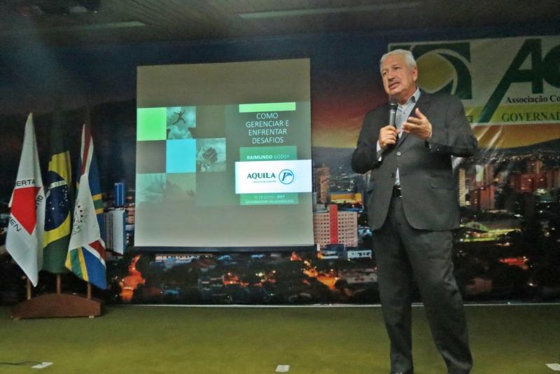 Sindicomércio apoia lançamento de livro sobre gestão dos desafios
