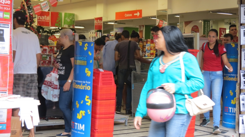 Black Friday movimenta o comércio Valadarense